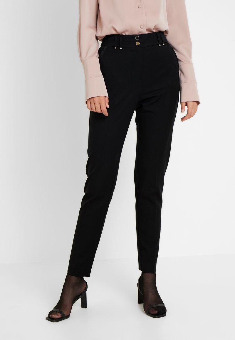 Wallis Tall - TAPERED - Bukse - black