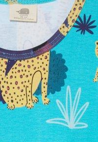 Walkiddy - TROPICAL LEOPARDS - Jersey dress - blue - 3