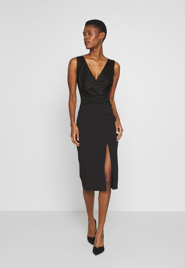 V NECK TOP SPLIT MIDI DRESS - Cocktailjurk - black