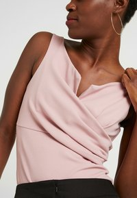 WAL G TALL - Top - pale pink - 4
