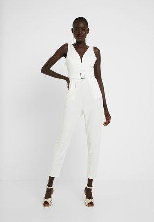 Overal - white