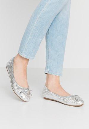 WEAVE - Ballet pumps - silver