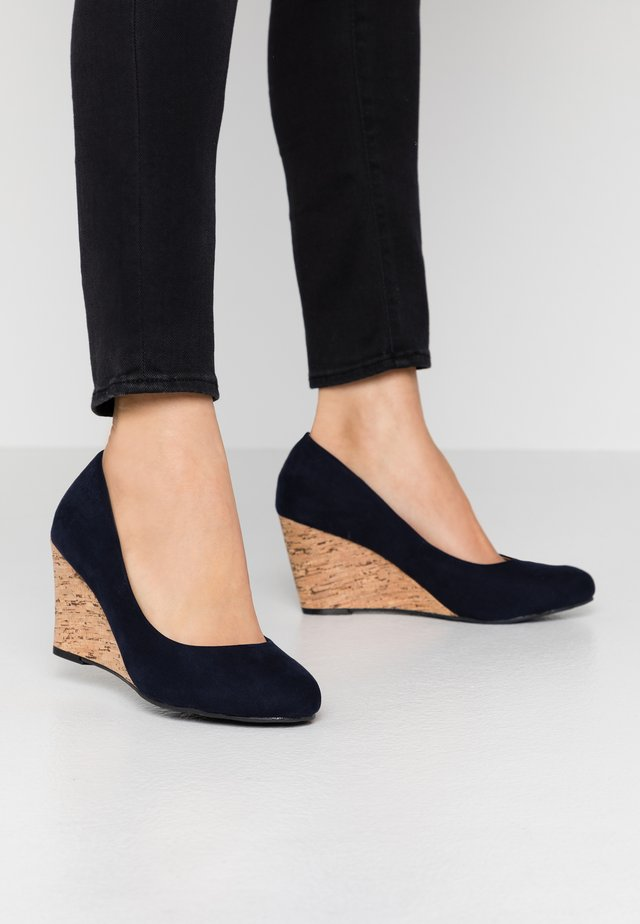 WIDE FIT WATERLILLY - Wedges - navy