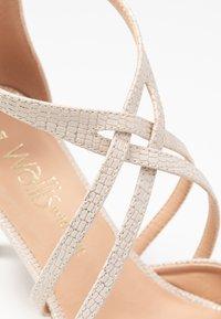 Wallis Wide Fit - WIDE FIT WINTERBERRY - Høye hæler - beige shimmer - 2