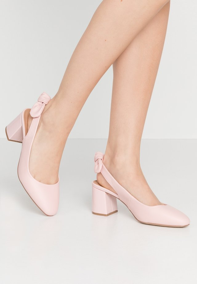 WISDOM - Wedges - blush