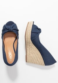 Wallis Wide Fit - WHIRL - Peeptoe heels - navy - 3