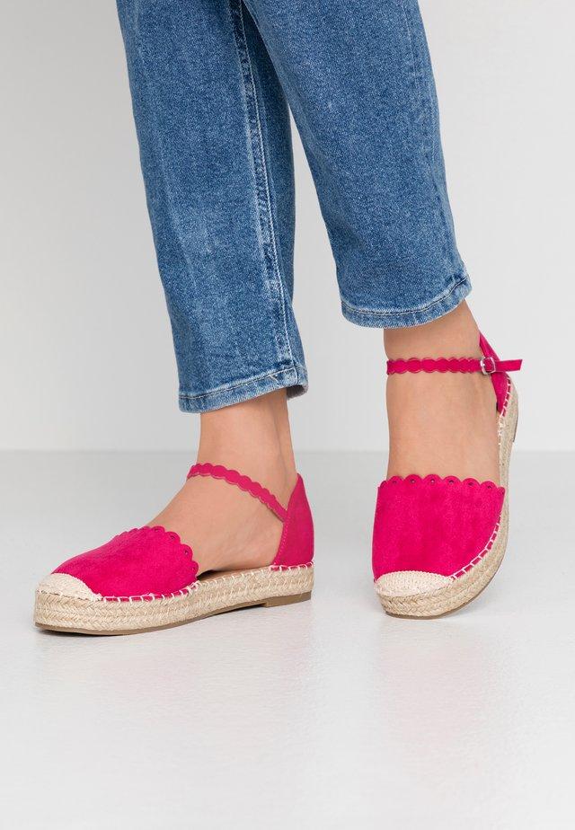 WANDER - Espadryle - pink