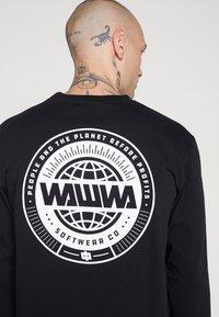 WAWWA - UNISEX LOGO LONGSLEEVE - Maglietta a manica lunga - black - 5