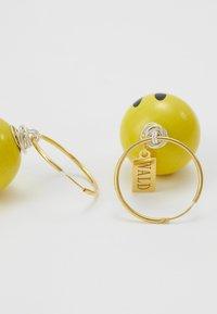WALD - DUDE EARRINGS - Earrings - yellow - 2
