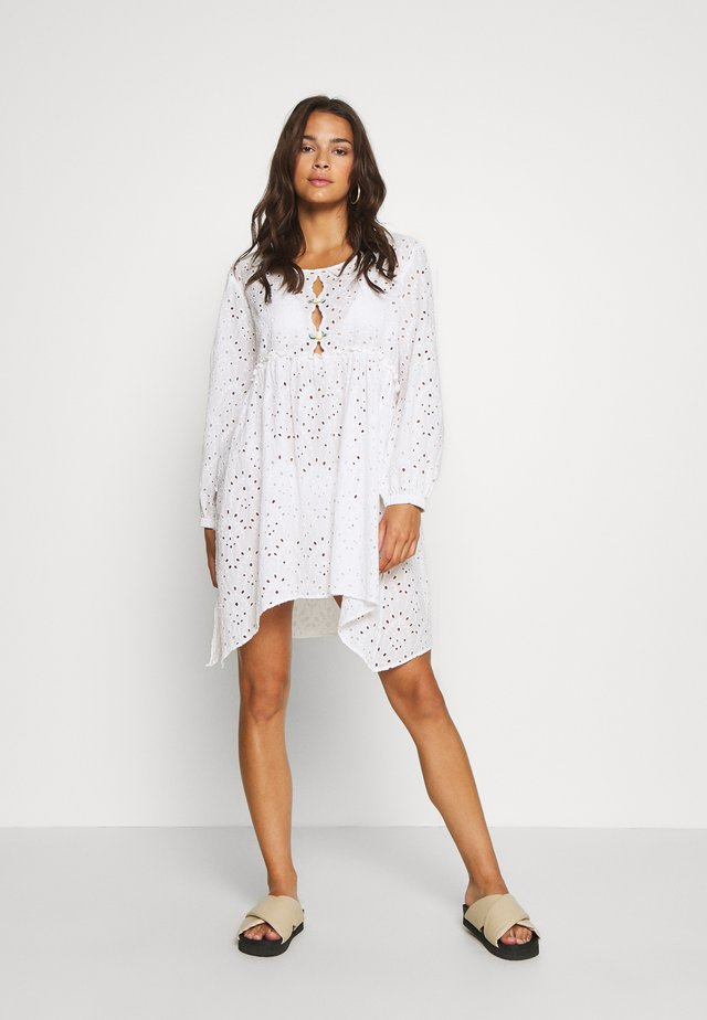 LEMON INFUSION TUNIC - Ranta-asusteet - white