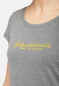Schmuddelwedda - Camiseta estampada - grey melange - 3