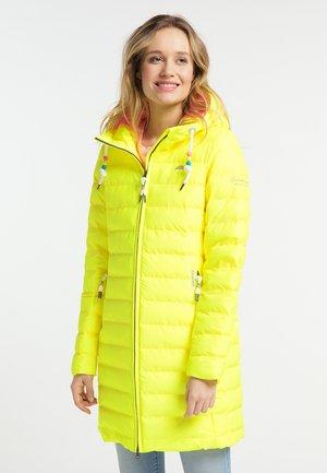 Winter coat - neon yellow