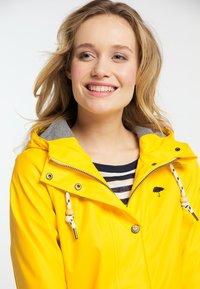 Schmuddelwedda - FRIESENNERZ - Parka - yellow - 3