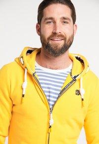 Schmuddelwedda - Zip-up hoodie - mustard - 3