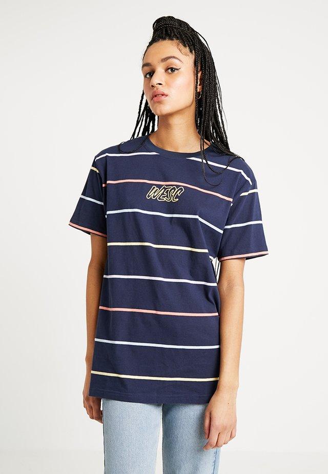 MASON DYE STRIPE - T-Shirt print - navy blazer