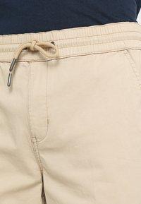 WeSC - Pantalon classique - white pepper - 3