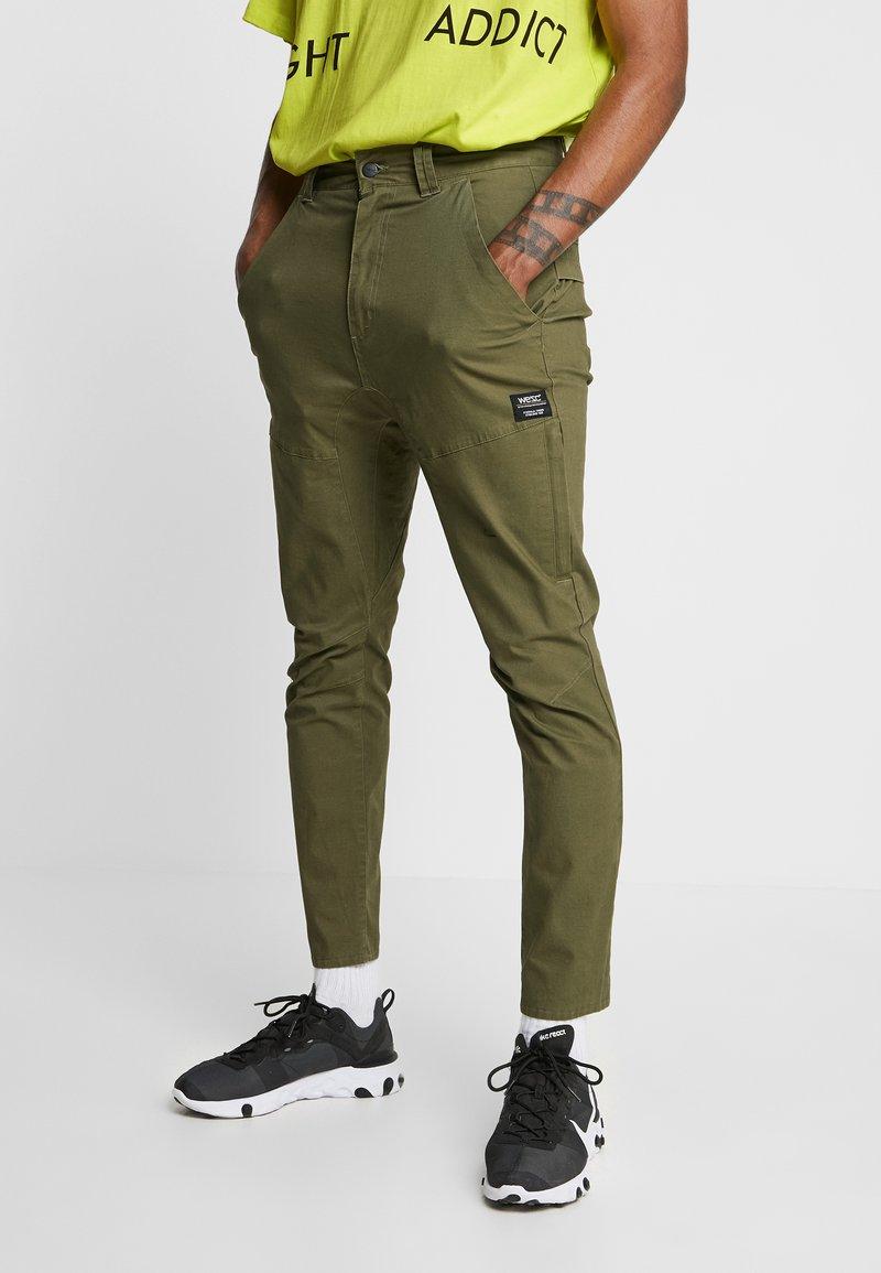 WeSC - MONTAUK PANT - Spodnie materiałowe - olive night