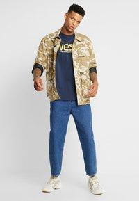 WeSC - T-shirt imprimé - navy - 1