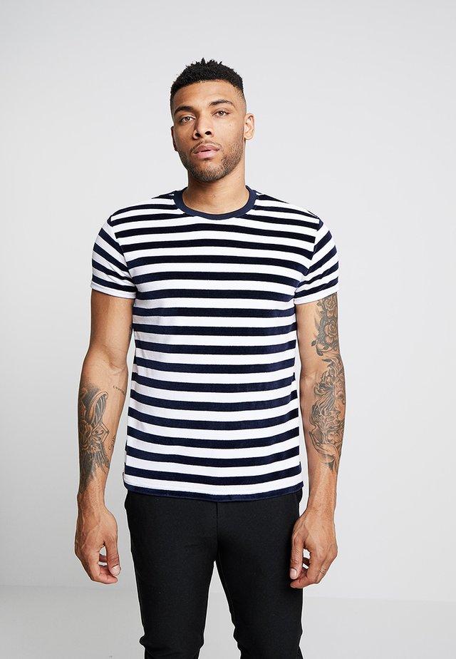 LIBOR TEE - Print T-shirt - navy