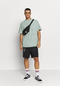 Weekday - UNISEX GREAT - T-shirts med print - turquiose - 1