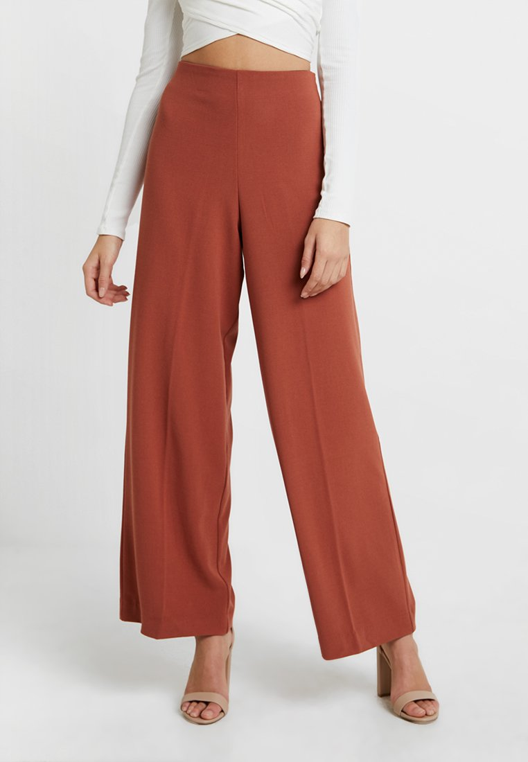 Weekday - JULIA  - Trousers - rust red