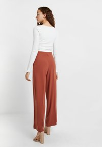 Weekday - JULIA  - Trousers - rust red - 2