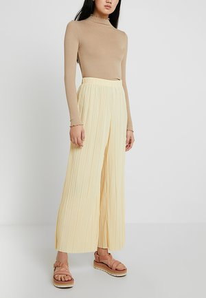 WASSILY PLEAT TROUSERS - Kalhoty - light yellow