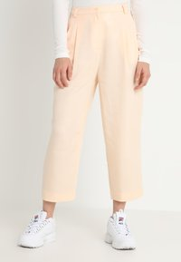 Weekday - ALIZE TROUSER - Kalhoty - light pink - 0