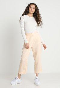 Weekday - ALIZE TROUSER - Kalhoty - light pink - 1