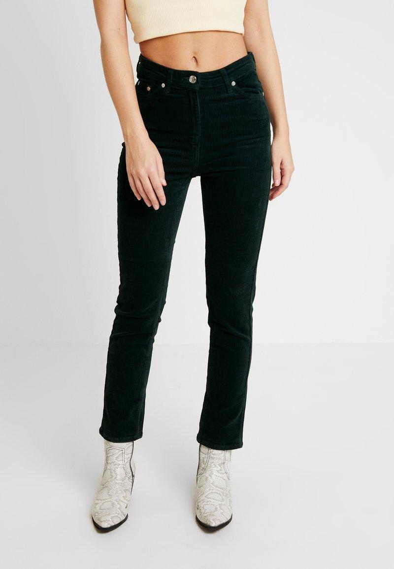 Weekday - EVE TROUSER - Pantalon classique - dark green