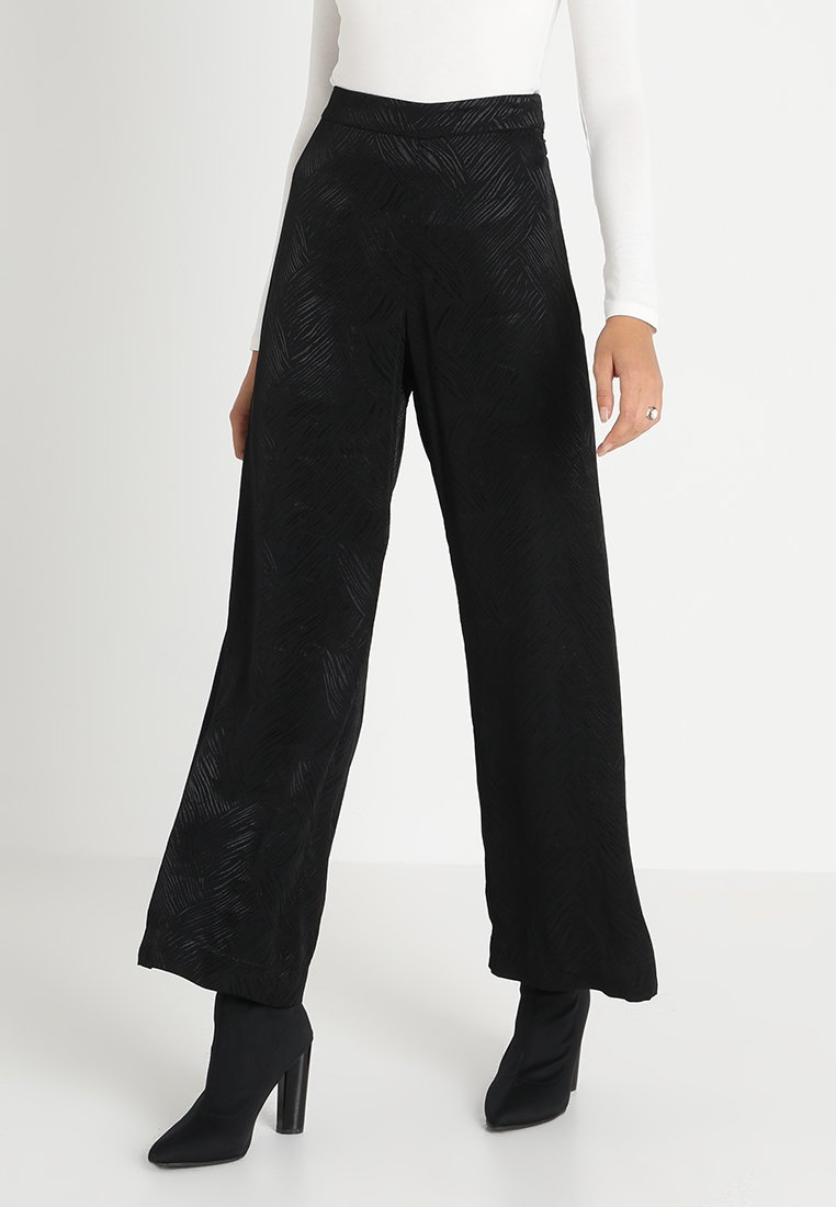 Weekday - DANUBE TROUSER - Pantaloni - black