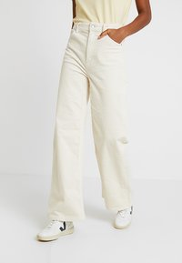 Weekday - ACE TROUSER - Bukse - off white - 0