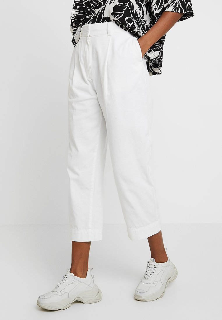 Weekday - MOLINO TROUSERS - Pantalon classique - off white
