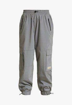 IMANI - Pantalon de survêtement - silver reflective