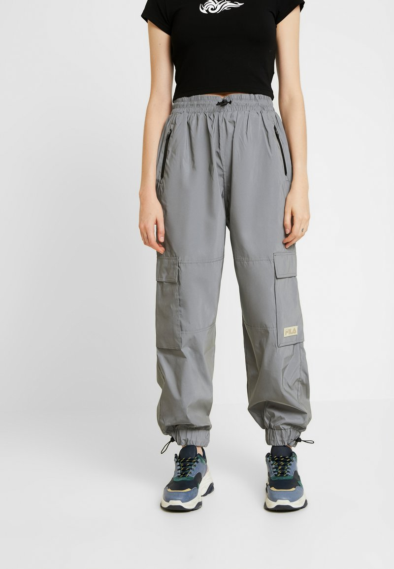 Weekday - IMANI - Pantalon de survêtement - silver reflective