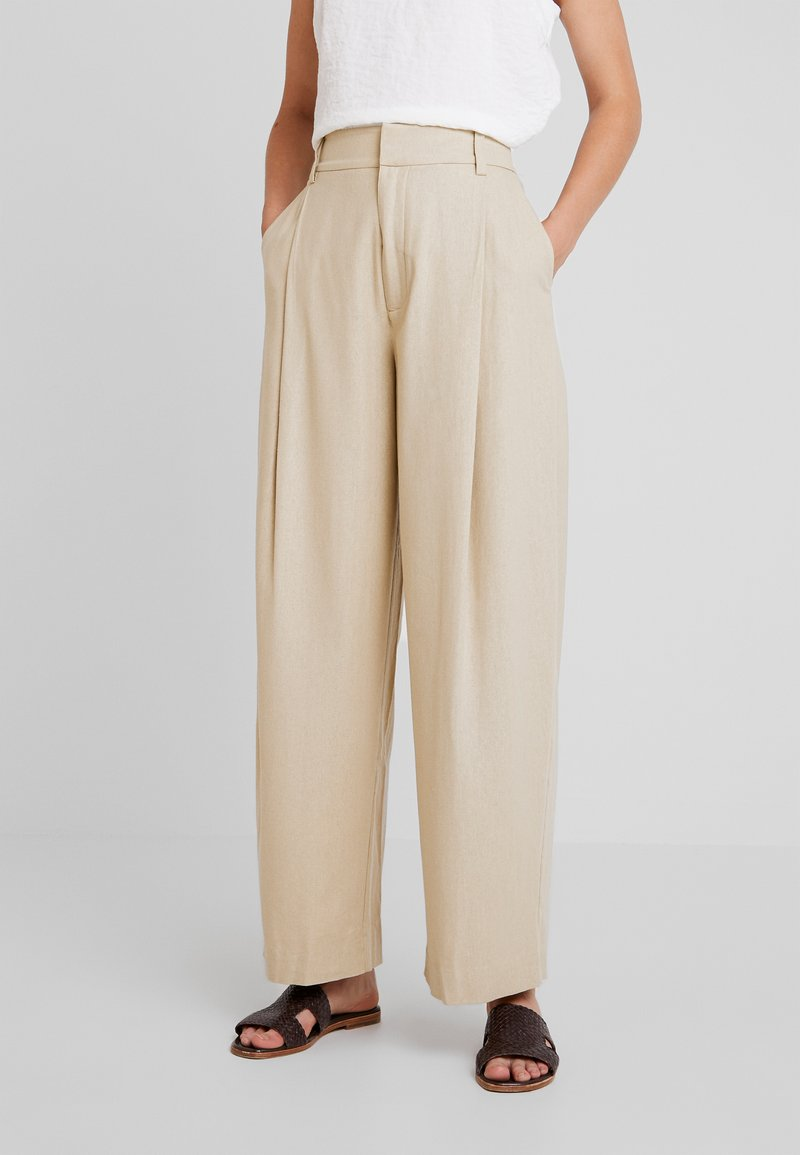Weekday - CONTEMPORARY TROUSER - Stoffhose - beige