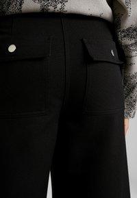Weekday - KIM TROUSERS - Pantaloni - black - 4