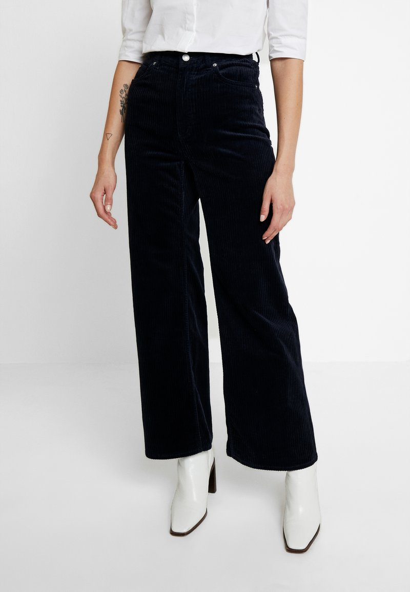 Weekday - TROUSERS - Pantalon classique - navy