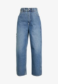 Weekday - BIG SKATER TROUSER - Flared Jeans - mid stone - 3