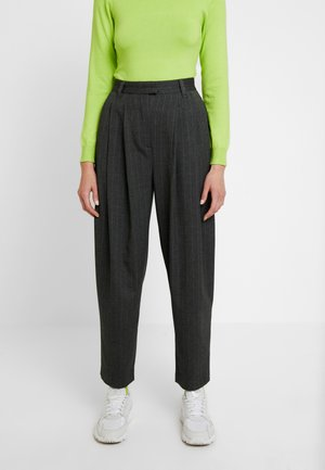 DAF TROUSER - Pantaloni - grey pinstripe