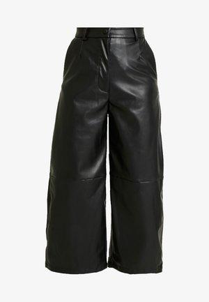 REGINA TROUSER - Pantalones - black