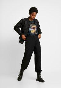 Weekday - QUINN TROUSER - Pantalon classique - black - 1