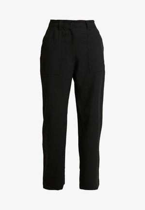 QUINN TROUSER - Trousers - black