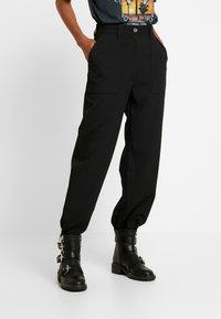 Weekday - QUINN TROUSER - Pantalon classique - black - 0