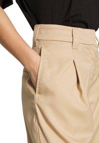Weekday - TROUSER - Kalhoty - beige - 4