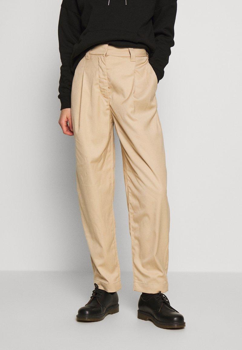 Weekday - TROUSER - Kalhoty - beige
