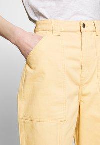 Weekday - GWYNETH TROUSER - Pantalones - medium beige - 3
