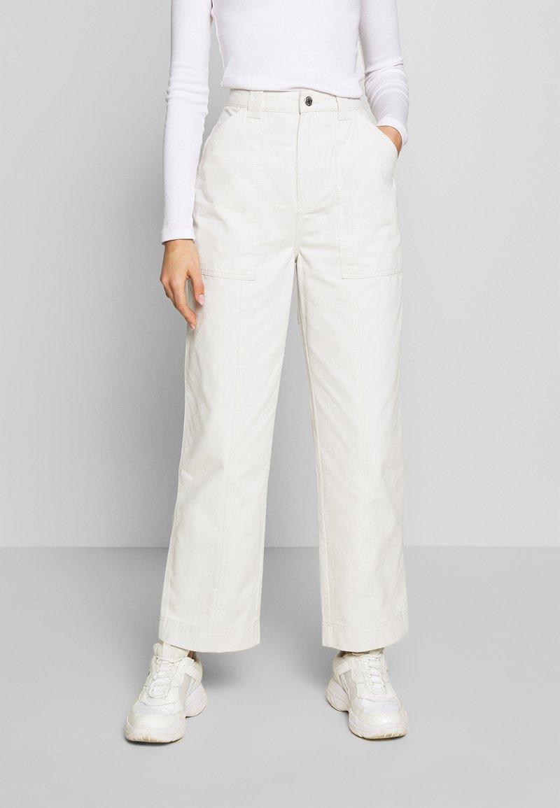 Weekday - GWYNETH TROUSER - Trousers - light beige