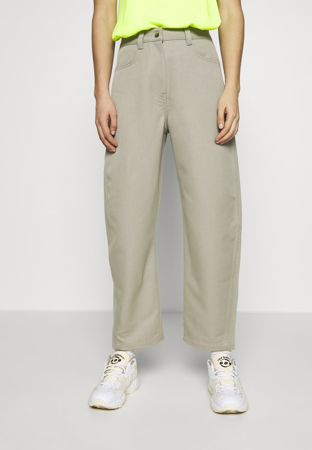 ZOIE TROUSER - Spodnie materiałowe - light mole