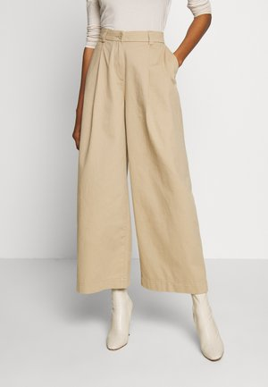 TENLEY TROUSERS - Chinos - medium beige